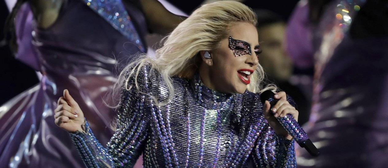 Lady-Gaga-performs-during-the-halftime-show-of-the-NFL-Super-Bowl-51-football-ga